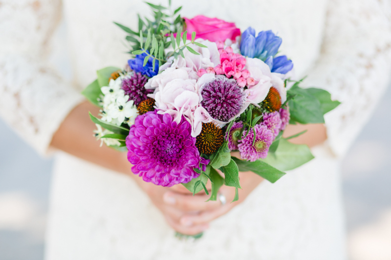 wedding flowers by sarahandsamuelphotography